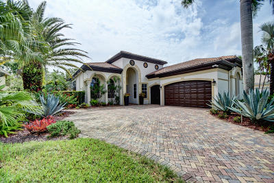 Delray Beach Single Family Home For Sale: 6420 Dorsay Court