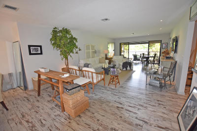 Boynton Beach Condo For Sale: 3964 Quail Ridge Drive #Egret