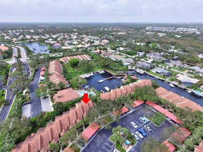 Palm Beach Gardens Townhouse For Sale: 2379 Treasure Isle Drive #28