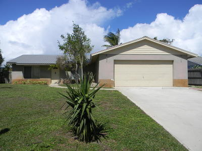 Hobe Sound Single Family Home For Sale: 7715 SE Crossrip Street