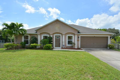 Port Saint Lucie Single Family Home For Sale: 1302 SW Parma Avenue