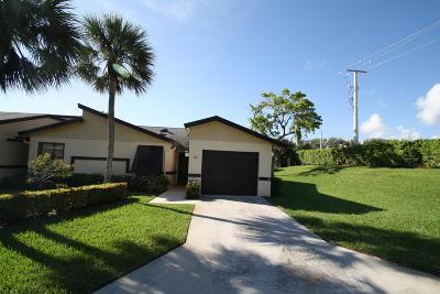 boynton beach Single Family Home For Sale: 2 Ridgepointe Drive #F