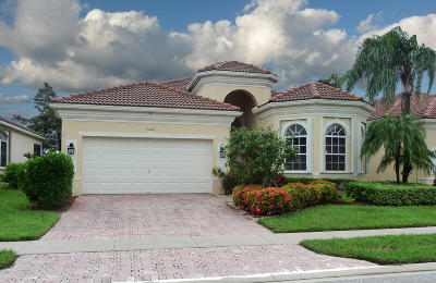 Delray Beach Single Family Home For Sale: 7244 Demedici Circle