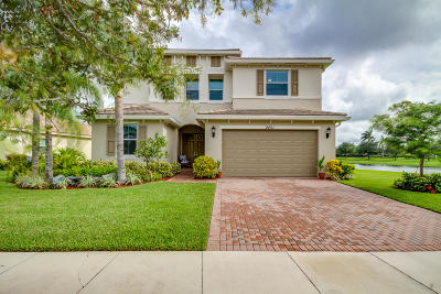 Royal Palm Beach Single Family Home For Sale: 2451 Bellarosa Circle