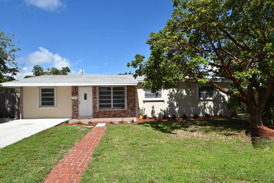 Delray Beach Single Family Home For Sale: 239 NE 17th Street