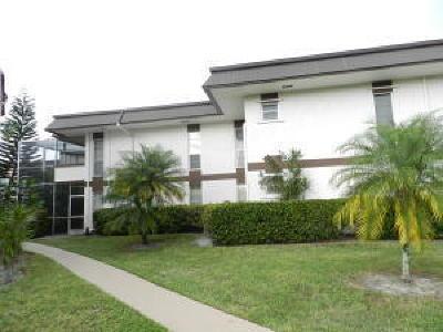 Royal Palm Beach Condo For Sale: 6 Greenway #206