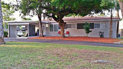 Boca Raton Single Family Home For Sale: 2000 NE 4th Way