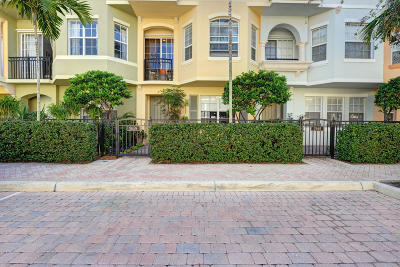Palm Beach Gardens Townhouse For Sale: 2659 Ravella Lane