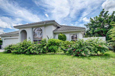 Boca Raton Single Family Home For Sale: 300 Oregon Lane