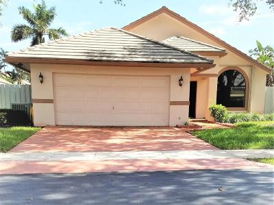 Boynton Beach Single Family Home For Sale: 182 Temple Avenue