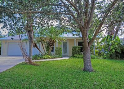 Stuart Single Family Home For Sale: 3034 SE Orange Tree Place