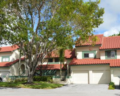 Palm Beach Gardens Condo For Sale: 14 Lexington Lane #G