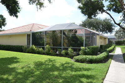 Palm Beach Gardens Townhouse For Sale: 3564 Wildwood Forest Court #A