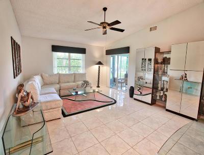 Boca Raton Single Family Home For Sale: 8325 Springtree Road