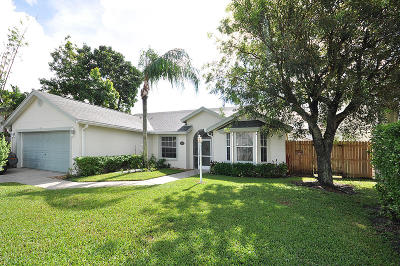 Wellington Single Family Home For Sale: 1550 Bayridge Place