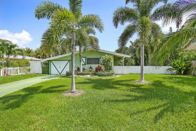 Delray Beach Single Family Home For Sale: 217 Kings Lynn