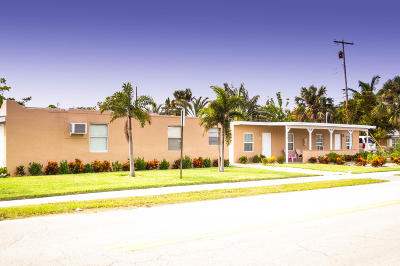 Lantana Multi Family Home For Sale: 207 S Broadway