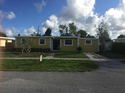 Lake Worth Single Family Home For Sale: 3880 Nowata Road