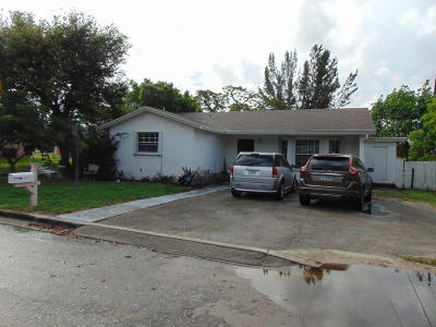 West Palm Beach Single Family Home For Sale: 1421 W 26th Street