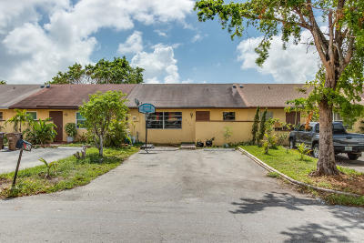 Deerfield Beach Single Family Home For Sale: 336 NW 43rd Street
