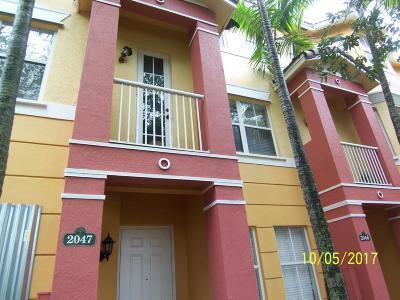 Royal Palm Beach Condo For Sale: 2047 Shoma Drive