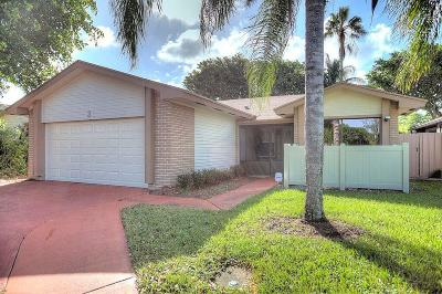 Boynton Beach Single Family Home For Sale: 3 Grange Place