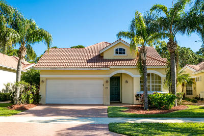 Port Saint Lucie Single Family Home For Sale: 748 SW Munjack Circle