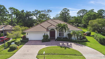 West Palm Beach Single Family Home For Sale: 6395 Eastpointe Pines Street