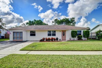 Boca Raton Single Family Home For Sale: 9576 Richmond Circle
