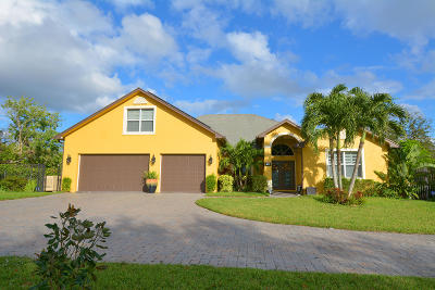 Port Saint Lucie Single Family Home For Sale: 1001 SE Coral Reef