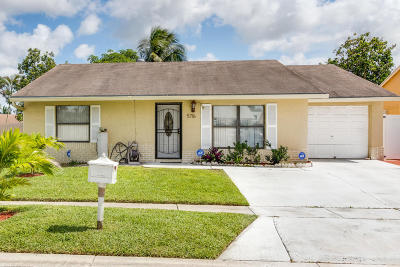 Lake Worth Single Family Home For Sale: 5716 Eddy Court