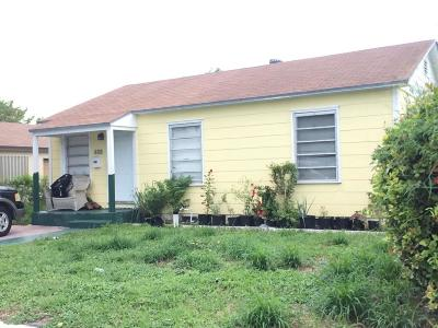 Lake Worth Single Family Home For Sale: 610 E Street