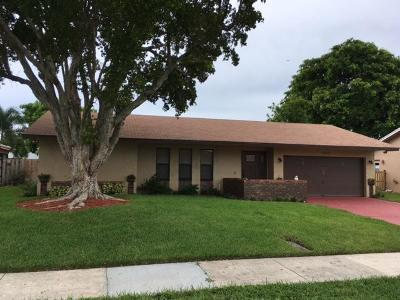 Deerfield Beach Single Family Home For Sale: 2682 SW 14th Court