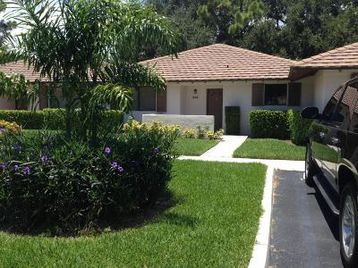 Palm Beach Gardens Single Family Home For Sale: 528 Club Drive #528
