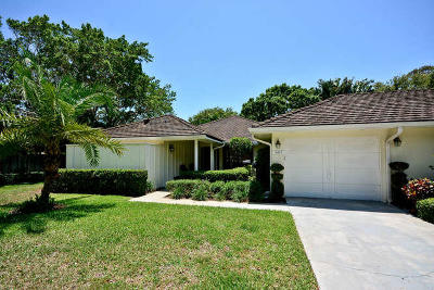 North Palm Beach Single Family Home For Sale: 11457 Shady Oaks Lane
