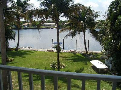 Lake Park Multi Family Home For Sale: 537 W Kalmia Drive