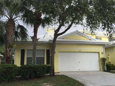 Lake Worth Single Family Home For Sale: 6961 Blue Skies Drive