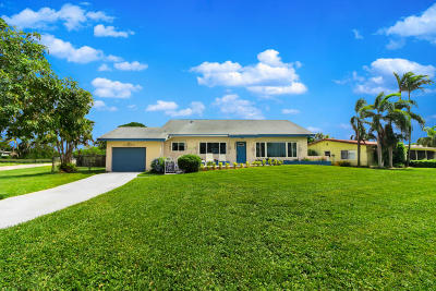 Lake Worth Single Family Home For Sale: 5606 Lake Osborne Drive