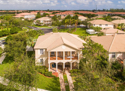 Palm Beach Gardens Townhouse For Sale: 8073 Murano Circle