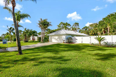 Hobe Sound Single Family Home For Sale: 13060 SE Flamingo Drive