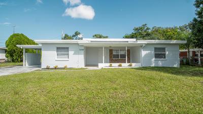 Port Saint Lucie Single Family Home For Sale: 109 Beach Avenue