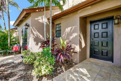 Palm Beach Gardens Single Family Home For Sale: 121 Beaumont Lane
