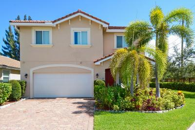 West Palm Beach Single Family Home For Sale: 910 Siesta Drive