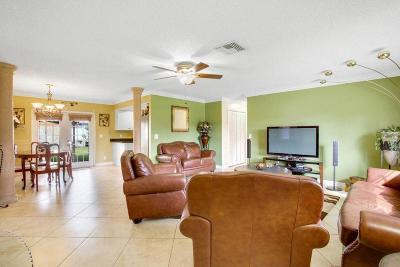 Lake Worth Single Family Home For Sale: 3327 Artesian Drive
