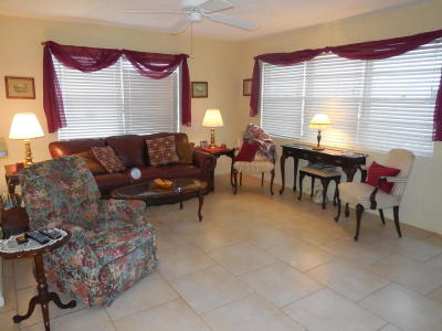 West Palm Beach Condo For Sale: 18 Sussex A
