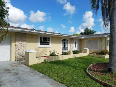 Port Saint Lucie Single Family Home For Sale: 264 NE Mainsail Street