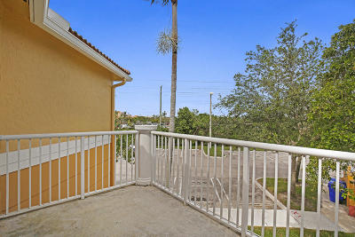 Royal Palm Beach Condo For Sale: 2021 Shoma Drive