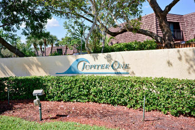 Townhouse Sold: 1420 Ocean Way #17a