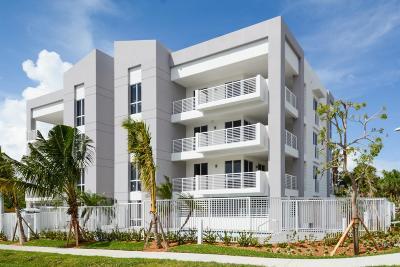 Deerfield Beach Condo For Sale: 51 SE 19th Avenue #302