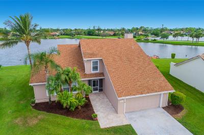 Lake Worth Single Family Home For Sale: 8497 Bonita Isle Drive